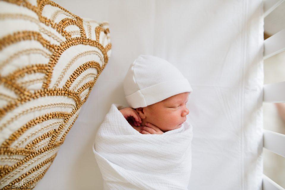 Aly Dawn Photography | Kentuckiana Lifestyle Newborn Photographer
