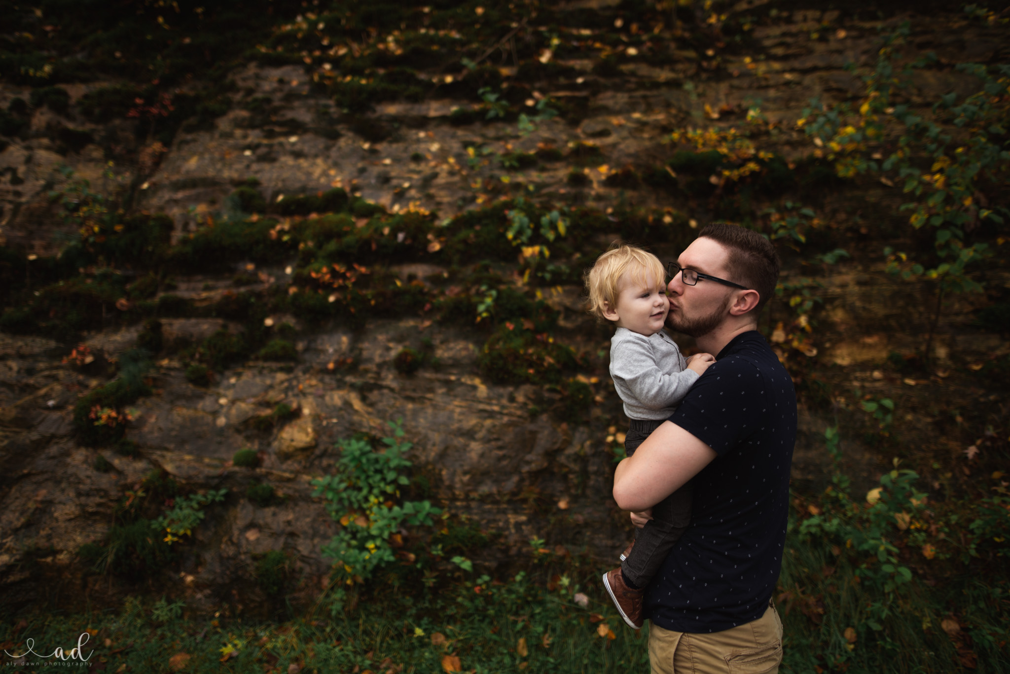 Family Session Photographer | Louisville, KY New Albany, Clarksville, Jeffersonville, Indiana. Kentuckiana and Southern Indiana.